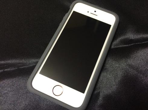 DAQのiPhone SE用ケース「AndMesh」の新しい金型
