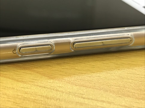 ZenFone3にピッタリなRay OutのTPU・ポリカーボネートケース06