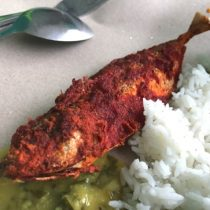 シンガポールのリトルインディアで海月姫に出てきたフィッシュカレーを食す