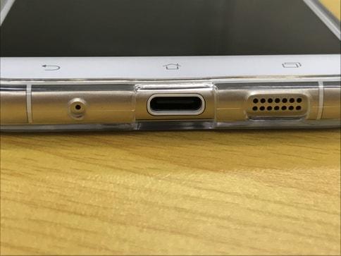 ZenFone3にピッタリなRay OutのTPU・ポリカーボネートケース07