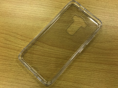 ZenFone3にピッタリなRay OutのTPU・ポリカーボネートケース02