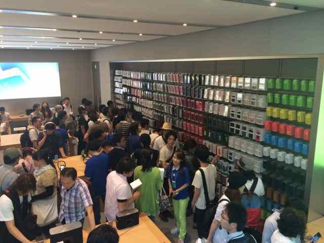Apple Store-表参道12