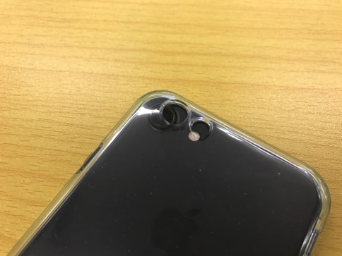 iPhone6s用のケースはiPhone7には合わない01