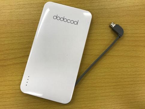 dodocoolの5000mAhでiPhone・Androidのどちらも充電できるモバイルバッテリー08