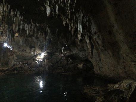 洞窟はおすすめ
