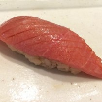 成田空港第3ターミナルでこんなに本格的な寿司が食べられるなんて
