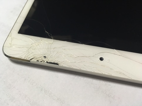 iPadmini2が割れた
