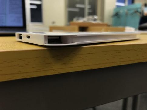 dodocoolの5000mAhでiPhone・Androidのどちらも充電できるモバイルバッテリー05