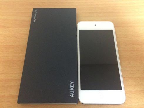 Aukey-モバイルバッテリー05