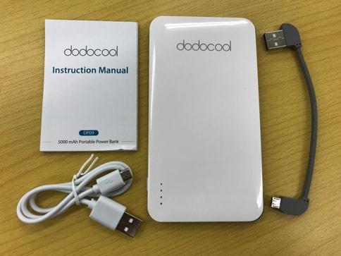dodocoolの5000mAhでiPhone・Androidのどちらも充電できるモバイルバッテリー02