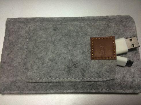 Aukey-モバイルバッテリー09