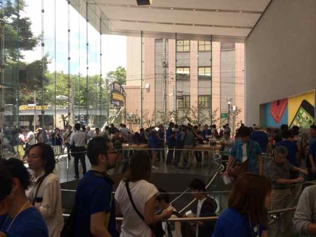 Apple Store-表参道08