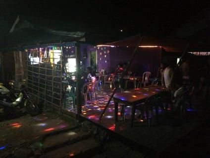 エルニド村にあるカラオケ