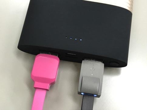 モバイルバッテリー「PERFUME 10000mAh」はUSBでもLightningケーブルでも充電可能!07